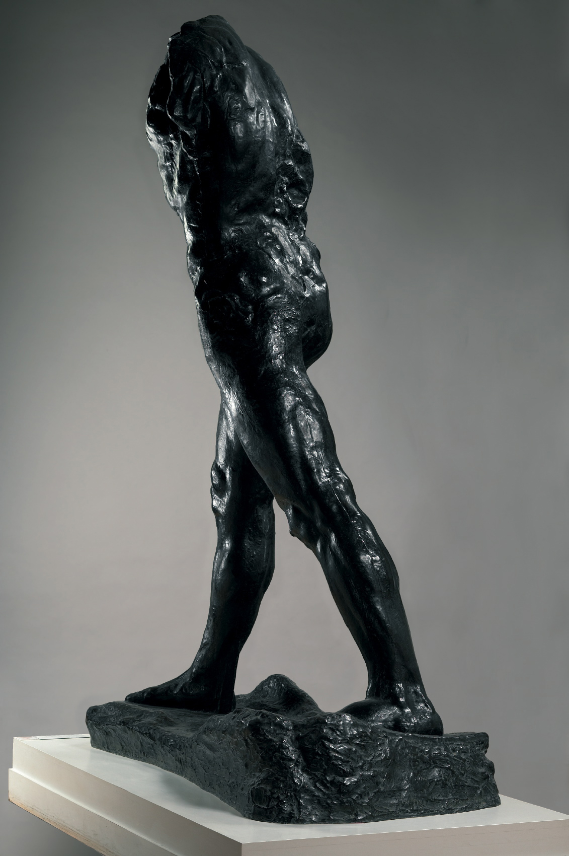 fig. 12 a. rodin homme qui marche